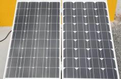 Placas fotovoltaicas usadas para transformar energia solar em elétrica instalada em residência de Brasília (Foto: Antonio Cruz/ Agência Brasil)