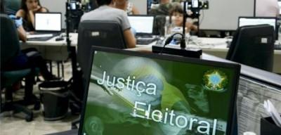 Atendimentos para biometria são feitos mesmo sem agendamento no Fórum Eleitoral de Dourados (Foto: Divulgação/TRE-MS)
