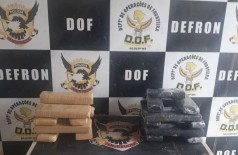 Flagrados com droga, homens foram presos pelo DOF em MS (Foto: Divulgação/DOF)