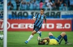 O douradense marcou seu primeiro gol como profissional - Foto: Lucas Uebel/Grêmio FBPA)