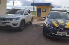 PRF recupera dois veículos que seriam levados para a fronteira
