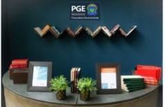 """Novo espaço """"Troca Livros"""" da PGE (Foto: Edemir Rodrigues)"""