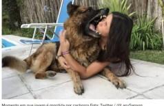 Momento em que jovem é mordida por cachorro Foto: Twitter / @LaruSanson