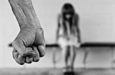 Nos casos analisados, a maioria dos filhos presenciou o crime - Foto: Pixabay