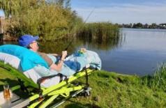 Pescar era o último desejo do paciente na Holanda - Foto: Divulgação/ambulancewens