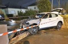 Maserati: perda total após colisão e incêndio Foto: Reprodução/Twitter(@LorraineActu)