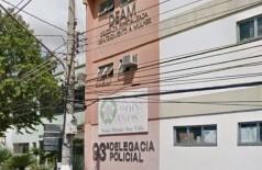 Filha tenta matar mãe de 70 anos a facadas no RJ