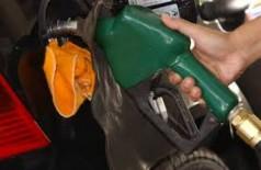 Procon divulga nova pesquisa do preço do combustível em Dourados