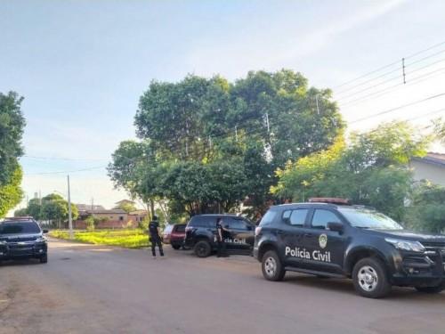Polícia cumprindo mandados de busca e apreensão em MS - Foto: Polícia Civil/Divulgação