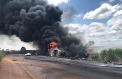 Acidente entre caminhão e carreta deixa um morto na BR-267, Em Nova Alvorada do Sul (MS). — Foto: Alvorada Informa