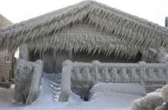 Casa congelada em Nova York - Foto: AP