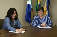 Prefeita nomeou secretária de Administração no dia 15 de maio de 2017 (Foto: A. Frota)
