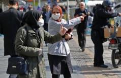 27 morrem no Irã por crer em fake news contra o coronavírus