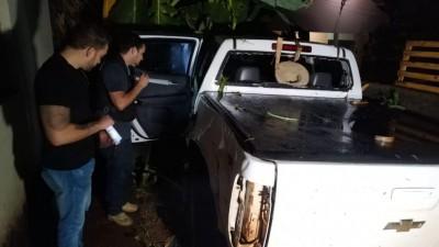 Ferida, a vítima entrou com a caminhonete no quintal de uma residência - Foto: Sidnei Bronka