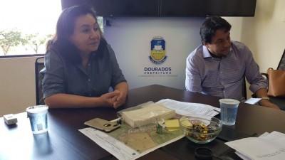 Délia durante reunião com o comitê da Covid-19 - Foto: prefeitura