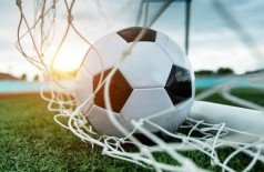 Federação paulista diz que não há data para retorno de treinos