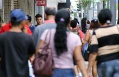 Taxa de isolamento estaciona em 36% e estatísticas já mostram consequências do descaso com a vida (Foto: reprodução)