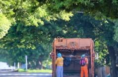 Edital prevê serviços de limpeza pública no município, incluindo coleta de lixo domiciliar (Foto: Franz Mendes/Divulgação)
