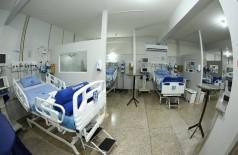 Ação civil pública aponta insuficiência de leitos de UTI para pacientes com Covid-19  em Dourados (Foto: A. Frota)