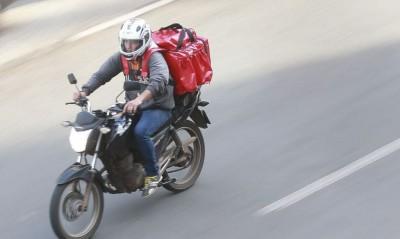 O sistema não é permitido para pessoas com bicicleta, moto ou a pé - © Marcello Casal jr/Agência Brasil