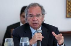 Ministro diz que proposta amplia base e redistribui carga de impostos (Foto: Marcos Corrêa/PR)