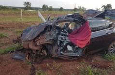 Veículo ficou completamente destruído. Foto: Luiz Gustavo/Jornal da Nova