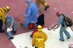 Antes de tropeçar e deixar o coração cair no chão, o helicóptero que trazia o órgão já havia tombado na pista - Foto: Reprodução Fox News