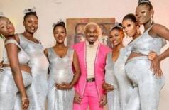 Empresário nigeriano vai a casamento com seis mulheres que estariam grávidas dele (Foto: Reprodução/Instagram)