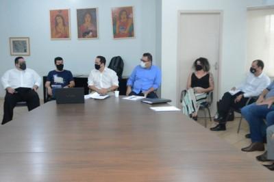 Reunião com o secretariado definiu os cortes dos comissionados para gerar economia à Prefeitura de Dourados (Foto: Divulgação)