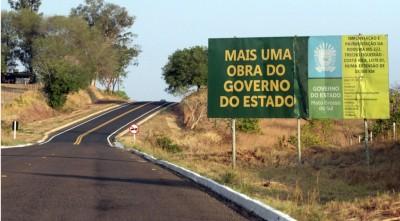 Programa Governo Presente garante investimentos de R$ 2 bilhões em obras de infraestrutura urbana e rural. - Foto Saul Schramm