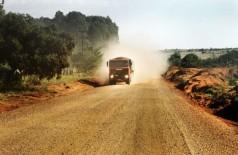 Asfalto de 35 km na rodovia será entre Copo Sujo e Cabeceira do Apa, em trecho da MS-164 e MS-166 (Foto: Saul Schramm)