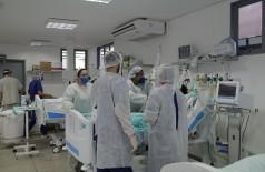 Dourados segue com 100% de ocupação nos leitos públicos de UTI para tratar Covid-19 há quase dois meses (Foto: Marcos Silva/Divulgação)