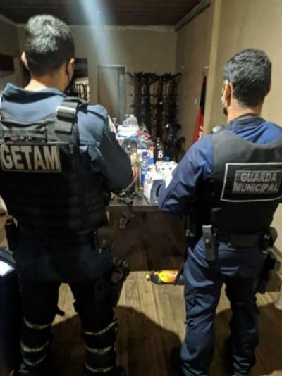 No sábado (5), durante a operação Saturação, realizada pela Guarda Municipal e Polícia Militar, uma festa clandestina foi interrompida no bairro João Paulo II (Foto: Divulgação)