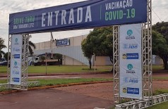 Local stá sendo adaptado com sinalizações para receber os carros (Foto: Divulgação/Prefeitura de Dourados)