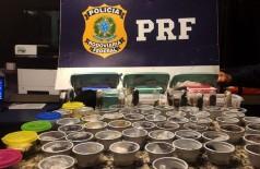 Prisão ocorreu na BR-116, altura de Seropédica, no Rio de Janeiro (Foto: Divulgação/PRF)