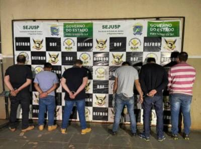 Defron apreende mais de três toneladas de maconha e prende seis traficantes na fronteira