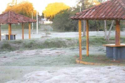 Dourados teve frio mais intenso do ano no final de junho, com geadas intensas (Foto: Franz Mendes/Divulgação)