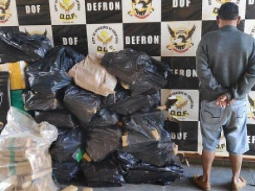 Paulista é preso pela Defron com 825 quilos de maconha em Dourados