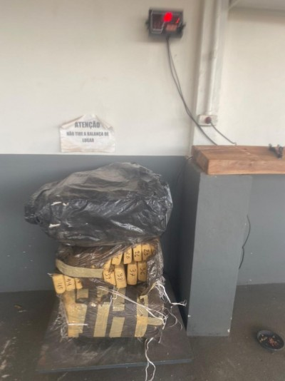 Polícia apreende mais de 85 quilos de maconha no assentamento São Francisco