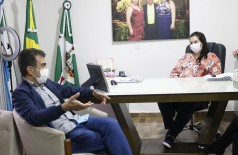 Marçal Filho esteve em Naviraí com a prefeita Rhaiza Matos (Foto: Divulgação)