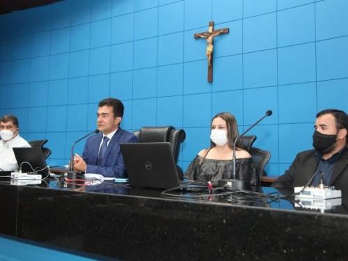Comenda foi criada pelo deputado Marçal para homenagear os educadores  - Foto: Wagner Guimarães/ALEMS