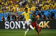Brasil vence Camarões por 2 a 1 no primeiro tempo