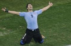 No segundo jogo da seleção uruguaio contra a Inglaerra, Suárez marcou 2 gols (Michael Sohn/AP/direitos reservados)
