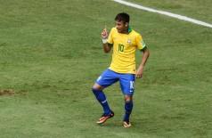 Neymar dança depois de gol (Reprodução)