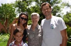 Douradense realiza sonho da avó de conhecer Silvio Santos