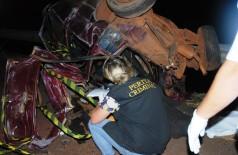 Criança e três adultos morrem depois de carro capotar na BR-267