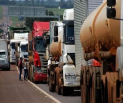 Redução nos impostos sobre os combustíveis é uma das principais reivindicações do setor (Reprodução)