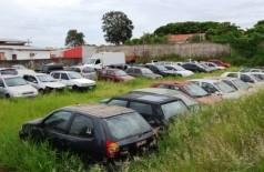 Depósito fica localizado na Rua Imaculada Conceição, entre o quartel dos Bombeiros e a Delegacia da Mulher (Germino Roz/Nova News)