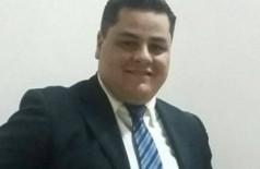 Radialista morre após ser baleado na cabeça durante assalto