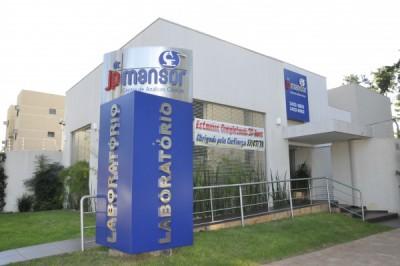 Hoje, a sede própria do Centro de Análises Clínicas Doutor JP Mansor é na Rua Hayel Bon Faker, número 3705 (Divulgação)